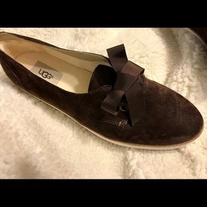 Ugg Carilyn lace-up suede loafers